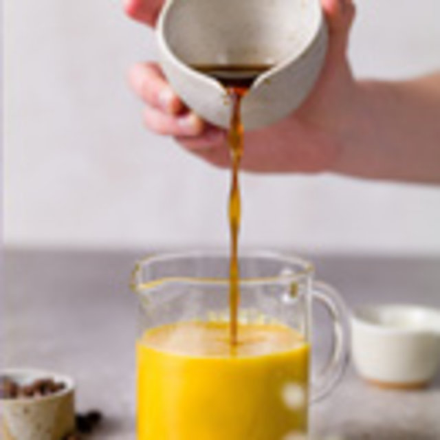 Kalter Goldene Milch-Kaffee, Foto: