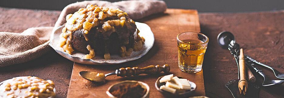 Tee-Schokoladenkuchen mit Birnencreme, Foto: