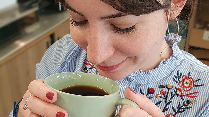 06 Geniesser Kaffee topnagellack big