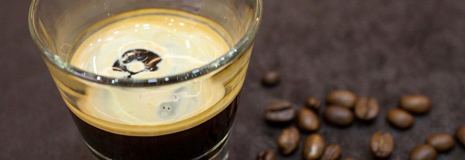 Cold Brew Coffee, Foto: GEPA - The Fair Trade Company/Michael Kottmeier