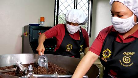 Internationaler Frauentag – Röstung in Honduras: Mehr Chancen für Kaffeebäuerinnen
