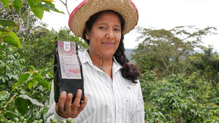 - Internationaler Frauentag – Röstung in Honduras: Mehr Chancen für Kaffeebäuerinnen