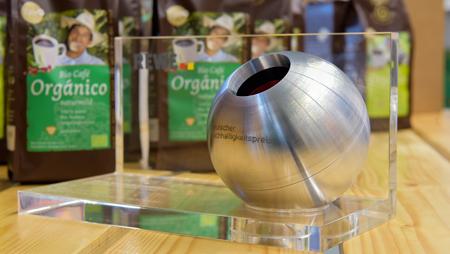 """- Deutscher Nachhaltigkeitspreis: Café Orgánico der GEPA """"Deutschlands nachhaltigstes Produkt"""""""