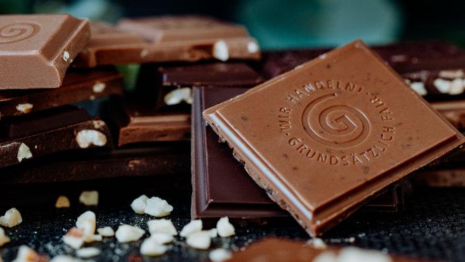 GEPA Schokoladen Stücke arrangiert mit Salz
