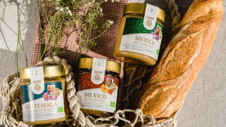 #HoneyBeFair: Von der Wabe bis ins Glas – fair, transparent, klimaneutral